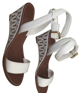 Tory Burch White and tan Wedges