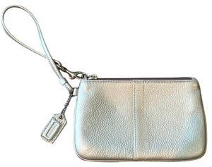 Coach Leather Pet And Smoke Free Handtag Wristlet in Silver