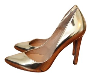 Pura Lopez Gold Pumps