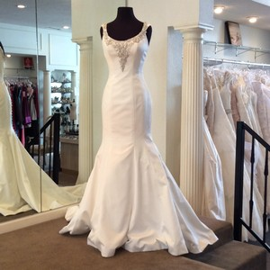 Allure Bridals Ivory/Silver Satin Feminine Wedding Dress Size 4 (S)