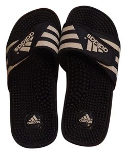 4e3b5ce6474 adidas Sandals - Up to 90% off at Tradesy