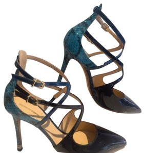 Nicholas Kirkwood Black/Blue Pumps