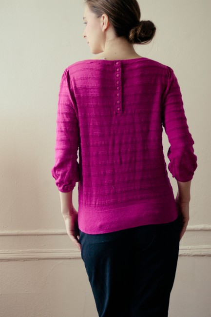 Ann Taylor LOFT Sangria Canberry Pink Magenta Boatneck 3/4 Sleeve Long Sleeve Longsleeve Button Peasent Blouse Shirt Knit Knitted T Shirt cranberry/sangria/magenta