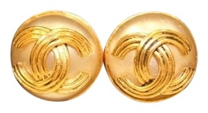 Chanel Vintage Chanel Gold Pearl CC Button Clip Earrings