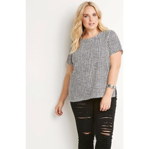 Forever 21 Plus Plus-size Abstract Top Ivory/Black
