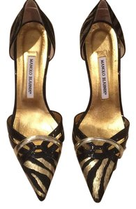 Manolo Blahnik Black and gold Pumps