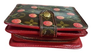 Louis Vuitton Louis Vuitton Cherry Cerises Murakami zipper wallet