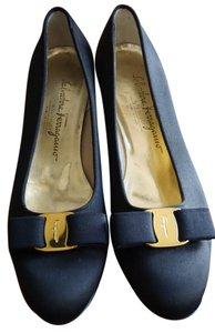 Salvatore Ferragamo Cloth Vara Bow Navy Blue Flats