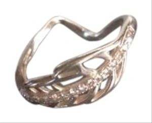 Sterling silver Leaf twist ring