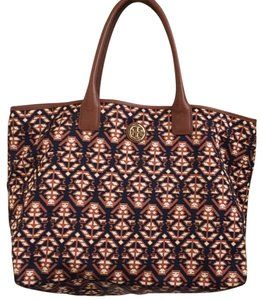 Tory Burch Tote in Brown/Multicolor