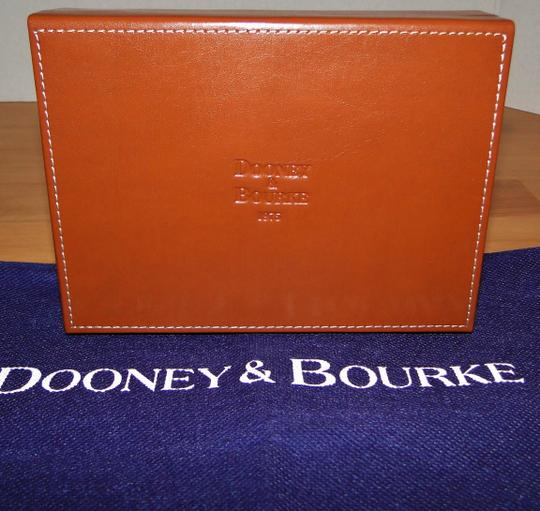 Dooney & Bourke Alto Leather Leather Box Wristlet in Brown T'Moro Image 2
