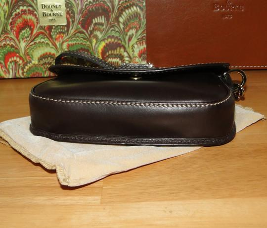 Dooney & Bourke Alto Leather Leather Box Wristlet in Brown T'Moro Image 7