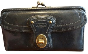 Coach Coach GiGi Wallet Vachetta Leather Legacy Stripe Ali Turnlock #40706