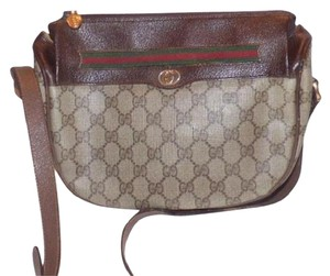 Gucci Crescent Shape Popular Style Large Logo Shades Of Accessory Col Shoulder Bag