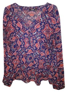 A.N.A. a new approach Top navy and red print