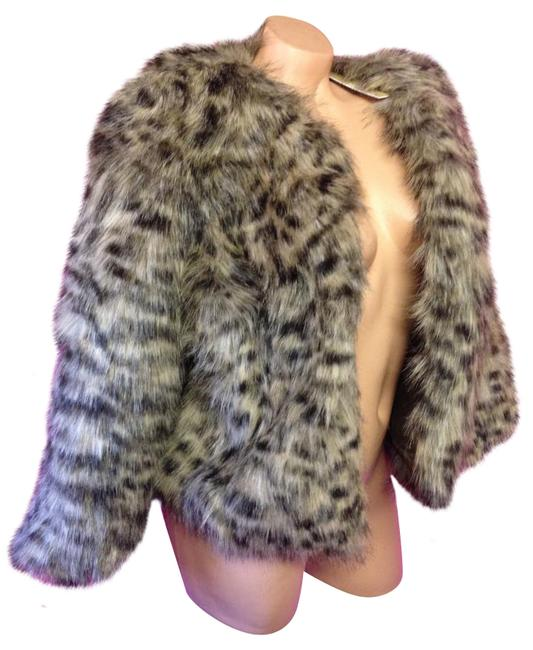 Item - Brown Cheetah Faux Fur Fur Jacket Sexy Medium New with Tags Winter Fashion Babe Fluffy Bomber 3/4 Length Coat Size 8 (M)