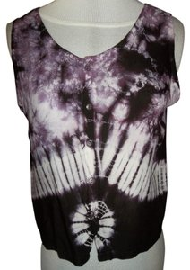 Flashback Couture Large Button Up Sleeveless Scoop Neck Cute Design Top Purple/White tiedye