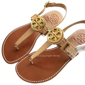 Tory Burch Flats Thong Patent Leather Cassia T-strap Camilla Pink 662 (Beige) Sandals