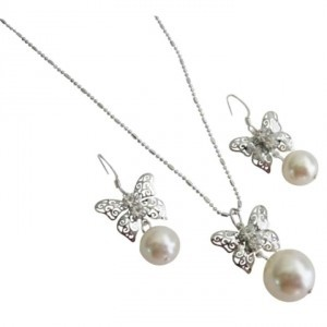 Ivory Shop Butterfly Pendant with Pearls Necklace Earrings Jewelry Set