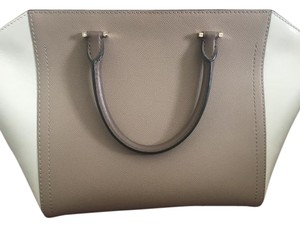 Carolina Herrera Tote in cream/ nude/grey