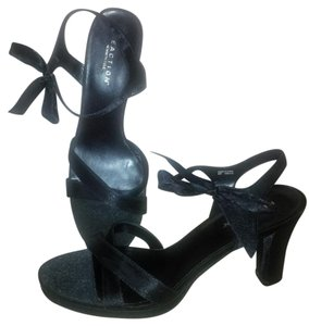 Kenneth Cole Reaction Satin black Sandals