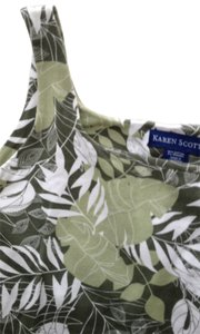 Karen Scott Top greens and white