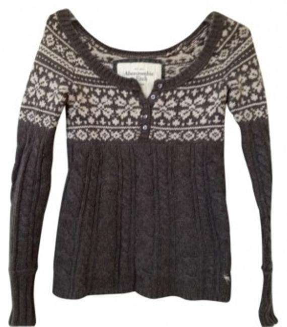 Preload https://img-static.tradesy.com/item/17425/abercrombie-and-fitch-brown-and-white-sits-off-the-shoulder-sweaterpullover-size-4-s-0-0-650-650.jpg