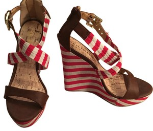 Liliana Red & White Wedges