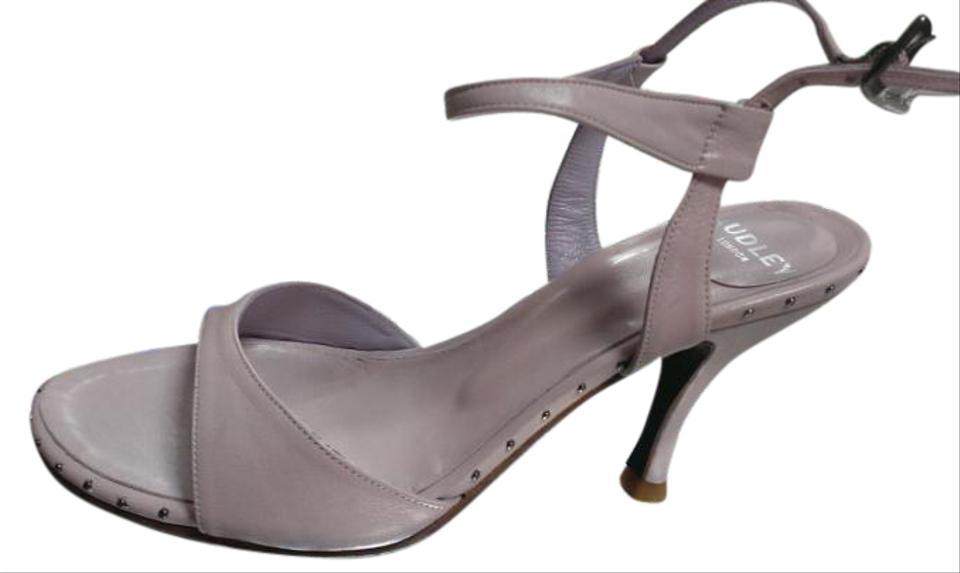 3d260c8455bb Audley London Design Soft Leather Made In Spain Size 37 Comfortable pink  antic Pumps ...