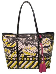 Rafe Style:60210144-7ac Tote in Black White Yellow