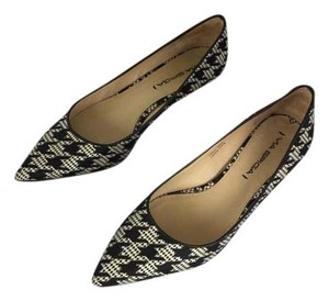 Via Spiga Black/White Houndstooth pattern Pumps
