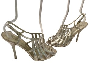 Carlos by Carlos Santana Upper Slingback Peep Toe Silver leather gladiator caged Sandals