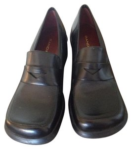 Bandolino Leather Loafers Nwot Square Toe Box Penny Loafers black Flats