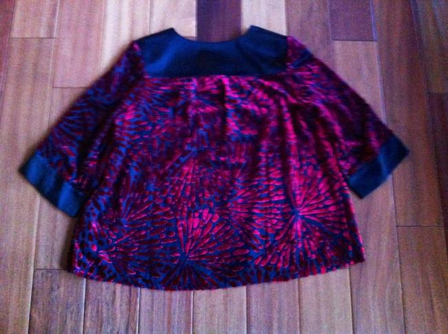 Bob Mackie Top Garnet Red and Black