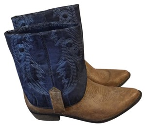 Coconuts Blue and brown Boots