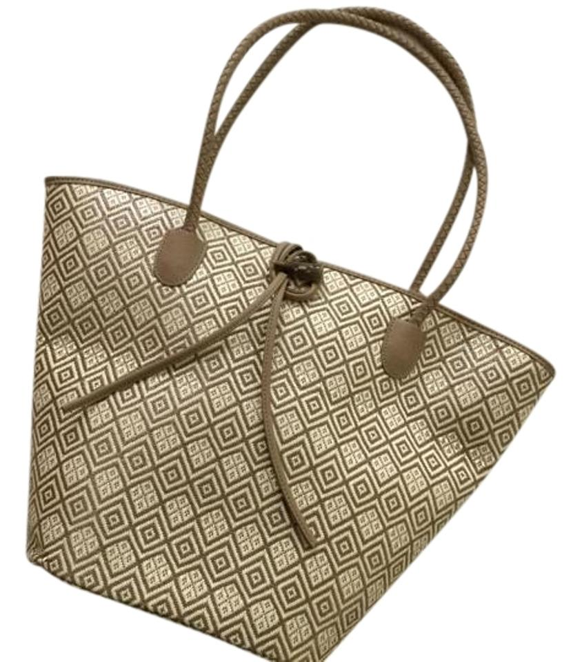 Neiman Marcus Purse Carry On Travel Designer Luxury Tote in Beige and White  ... 69f4c6af847e0