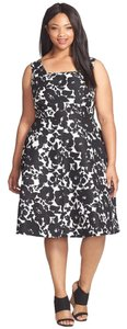 Gabby Skye short dress Ivory Black Floral on Tradesy