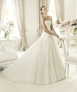 Pronovias Barroco Wedding Dress