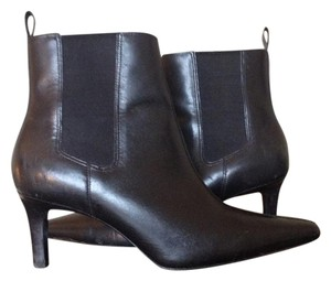 Ralph Lauren Leather Stiletto Pull-on Pointed Toe Black Boots
