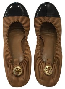 Tory Burch Tan with black leather Flats
