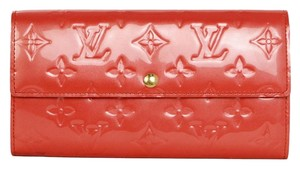 Louis Vuitton Louis Vuitton Red Vernis Sara Wallet GHW