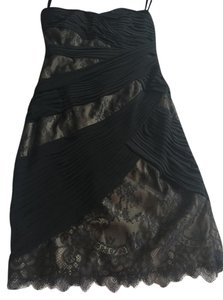 Monique Lhuillier Cocktail Little Lace Dress