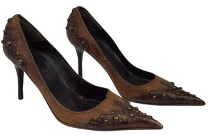 Kammi Brown Pumps