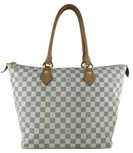Louis Vuitton Gold Hardware Leather Tote in White