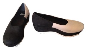 Camper Leather Comfortable Nwot black and white Wedges