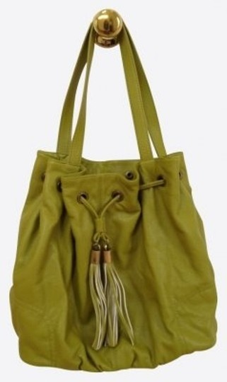Preload https://item1.tradesy.com/images/h-and-m-tassel-detail-and-snap-colsure-green-pleatherpolyurethanne-hobo-bag-17445-0-0.jpg?width=440&height=440
