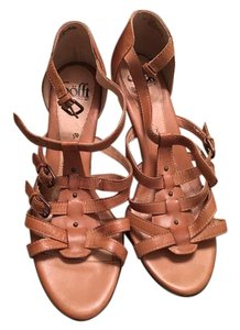 Eürosoft by Söfft Brown Sandals