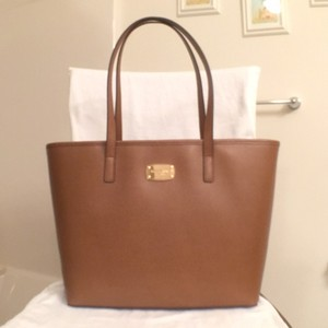 Michael Kors New Nwt Leather Mk Tote in Brown