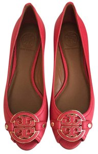 a5c754b39936 Tory Burch Wedges - Up to 90% off at Tradesy