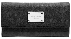 Michael Kors New Michael Kors Jet Set MK Logo Checkbook Wallet